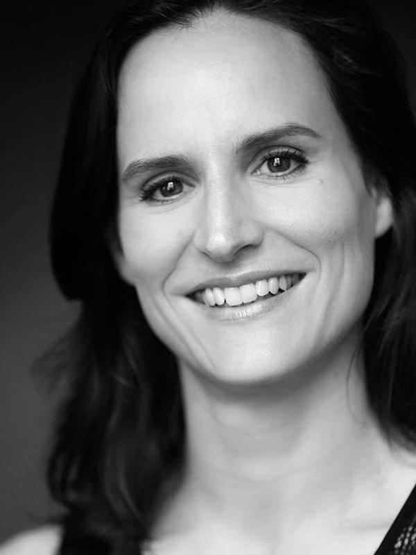 Caroline Ducrest, Danseuse , Assistante chorégraphique et collaboratrice d'Aurélien Richard